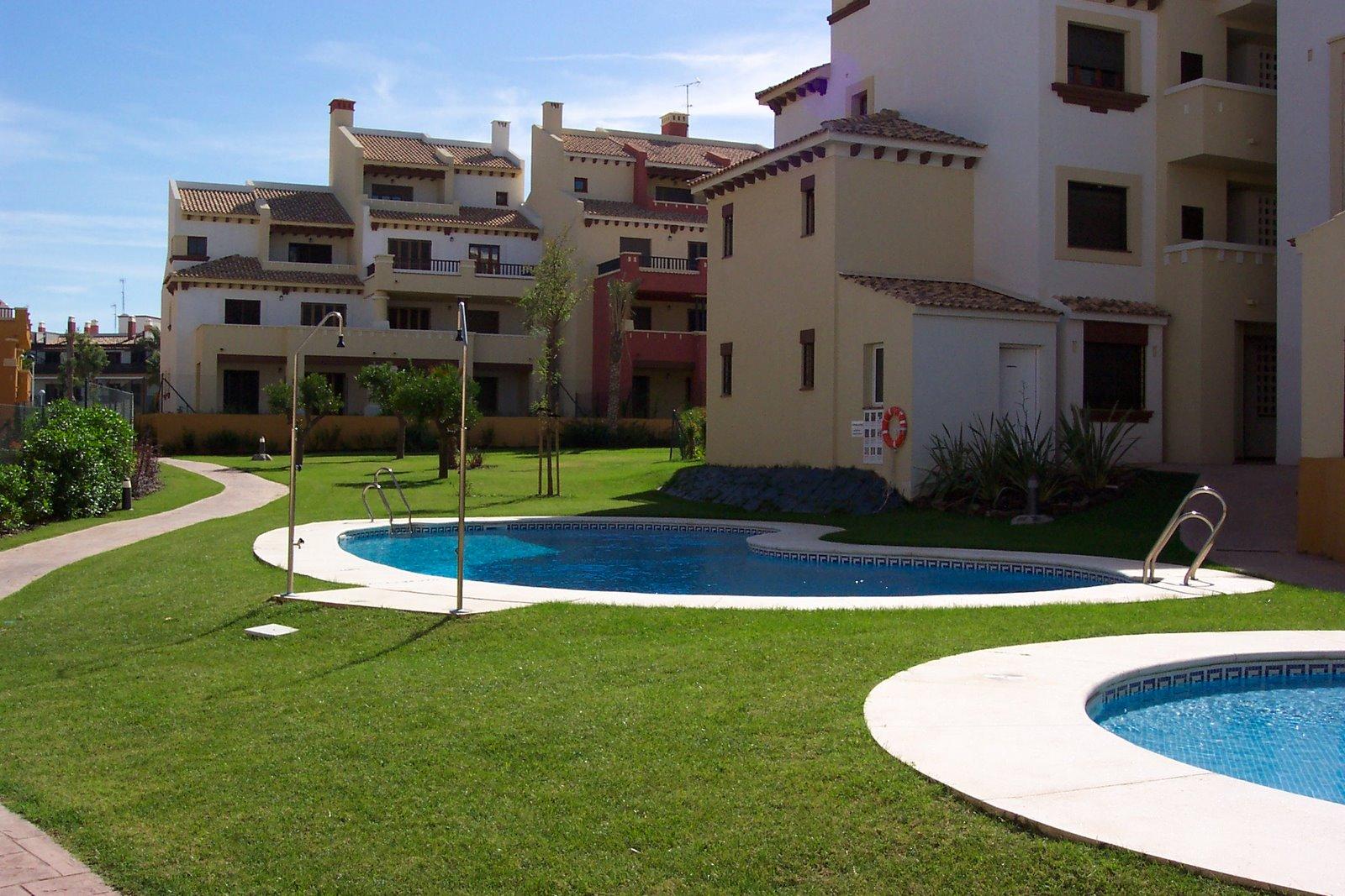 Mantenimiento de piscinas en huelva siempreverde jardiner a for Jardineria huelva
