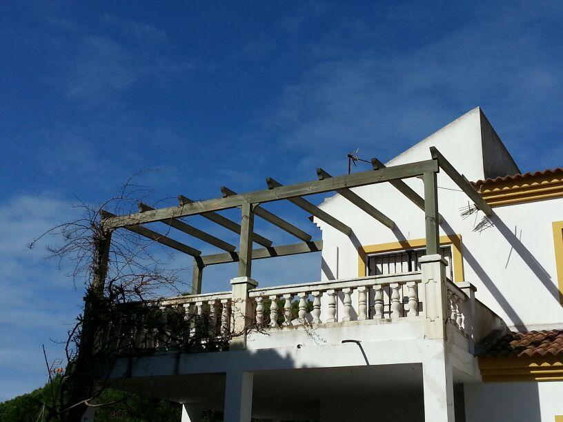 Pergolas huelva trabajos en madera jardines en huelva for Jardineria huelva